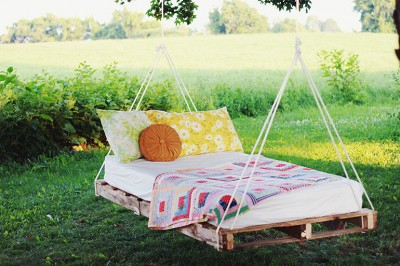 Swing-Bed-The-Merrythought